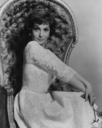 This is an image of Prints & Posters of Gina Lollobrigida 106451