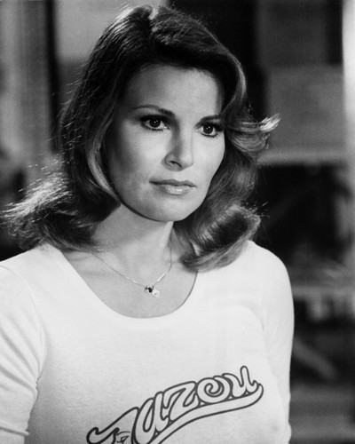 This is an image of Prints & Posters of Raquel Welch 106755