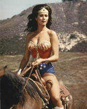 This is an image of Prints & Posters of Lynda Carter 203759