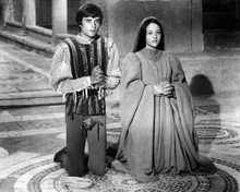 This is an image of Prints & Posters of Romeo and Juliet 106412