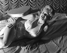 This is an image of Prints & Posters of Jayne Mansfield 106605