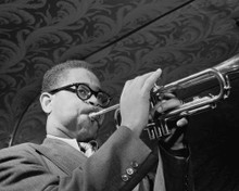 This is an image of Prints & Posters of Dizzy Gillespie 106801