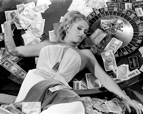 This is an image of Prints & Posters of Ursula Andress 106972