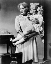 This is an image of Prints & Posters of Whatever Happened to Baby Jane? 106938