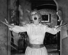 This is an image of Prints & Posters of Whatever Happened to Baby Jane? 106942