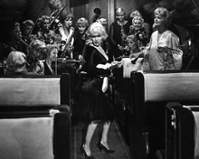 This is an image of Prints & Posters of Some Like It Hot 106944