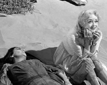 This is an image of Prints & Posters of Whatever Happened to Baby Jane? 106947