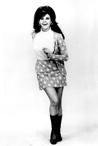This is an image of Prints & Posters of Raquel Welch 106991