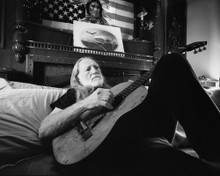 This is an image of Prints & Posters of Willie Nelson 106908