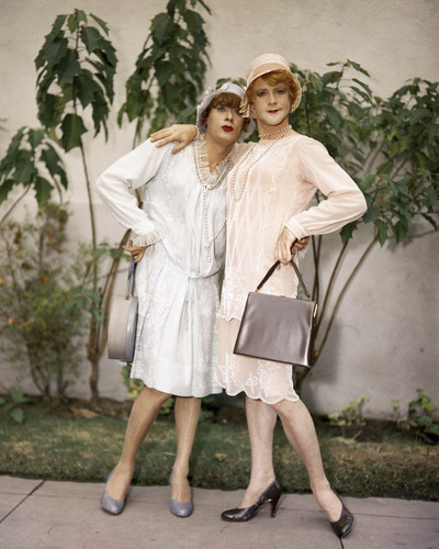 This is an image of Prints & Posters of Some Like It Hot 204326