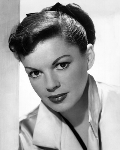 This is an image of Prints & Posters of Judy Garland 107086