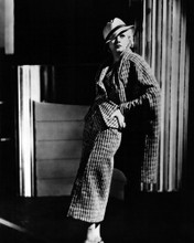 This is an image of Prints & Posters of Jean Harlow 107100