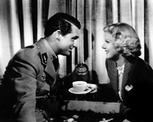 This is an image of Prints & Posters of Jean Harlow and Cary Grant 107128