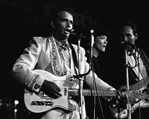 This is an image of Prints & Posters of Merle Haggard 107300