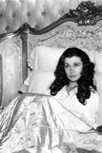 Vivien Leigh as Scarlet in her bed Gone With The Wind 8x12 inch real photo
