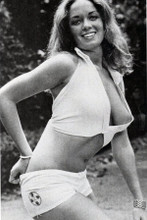 Catherine Bach busting out of small white top & shorts 8x12 inch pin-up photo