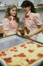 Fast Times at Ridgemont High Phoebe cates Jennifer Jason Leigh make pizza 5x7