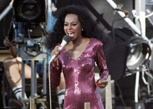 Diana Ross belts out number in concert in purple sequined dress 5x7 inch photo