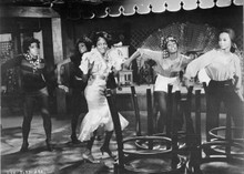 Lady Sings The Blues Diana Ross dances in restaurant 5x7 inch photo