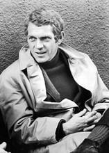 Steve McQueen relaxes on Bullitt set in jacket & raincoat 5x7 inch photo