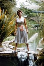 Sophia Loren, 1950's full length glamour pose 4x6 photo