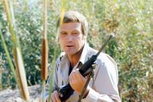 Lee Majors, The Six Million Dollar Man with rifle 4x6 photo