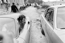 The Persuaders, Tony in Ferrari Roger in Aston 4x6 photo
