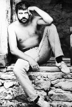 Oliver Reed macho beefcake barechested seated pose 4x6 inch real photograph