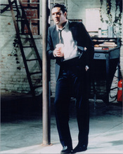 Michael Madsen full length pose holding drink Reservoir Dogs 8x10 photo