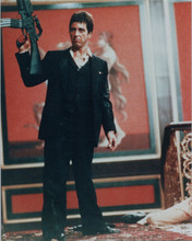 Scarface 8x10 photo Al Pacino full length in suit holding up machine gun