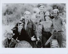 MASH TV series 8x10 cast portrait Alan Alda Loretta Swit & cast pose smiling