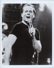 Bruce Willis 8x10 press photo 1980's singning in concert