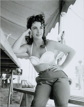 Elizabeth Taylor candid in white bra top & jeans on the set of 1955 Giant 8x10