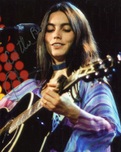 Emmylou Harris plays guitar in concert 1970's performance 8x10 photo