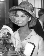 Sophia Loren smiling candid holding flowers early 1960's 8x10 photo