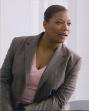 Queen Latifah 8x10 portrait photo in pin-striped suit