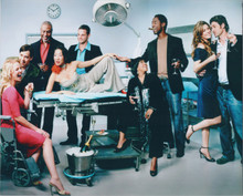 Grey's Anatomy 8x10 publicity photo cast line-up in operating theater