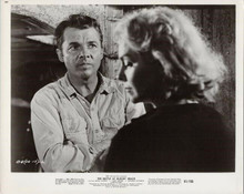 The Battle at Bloody Beach '8x10 photo Audie Murphy Dolores Michaels