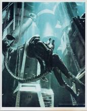 Alien Xenomorph full length pose in space ship 8x10 photo