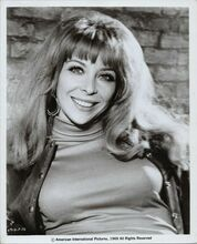 Angelique Pettyjohn smiling portrait with huge cleavage Hell's Belles 8x10 photo