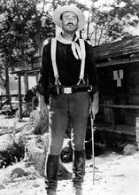 John Wayne She Wore A Yellow Ribbon full length in Cavalry uniform 5x7 photo
