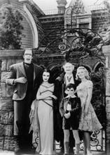 The Munsters 1964 TV Herman Lily Grandpa Marilyn & Eddie outside house 5x7 photo