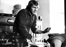 Tom Horn 1980 movie Steve McQueen washes hands in kitchen 5x7 inch real photo