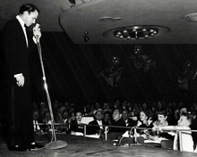 Frank Sinatra Classic On Stage In Concert Circa 50's 8x10 Photo