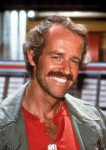M.A.S.H Mike Farrell smiling portrait as B.J. 8x10 photo