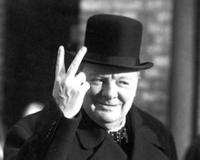 Winston Churchill British prime Minister does iconic V for Victory signal 8x10