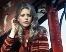 Lindsay Wagner as The Bionic Woman listening with bionic ear 8x10 inch photo