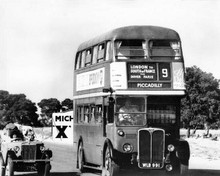 Summer Holiday 1963 Cliff Richard drives AEC Regent III RT London bus 8x10 photo