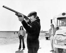 Charles Bronson aims rifle Mr Majestyck Linda Cristal Alejandro Rey 8x10 photo