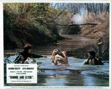 Bonnie and Clyde Faye Dunaway shot crosses river Warren Beatty M.J. Pollard 8x10